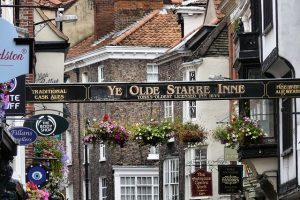 Places To Stay In York